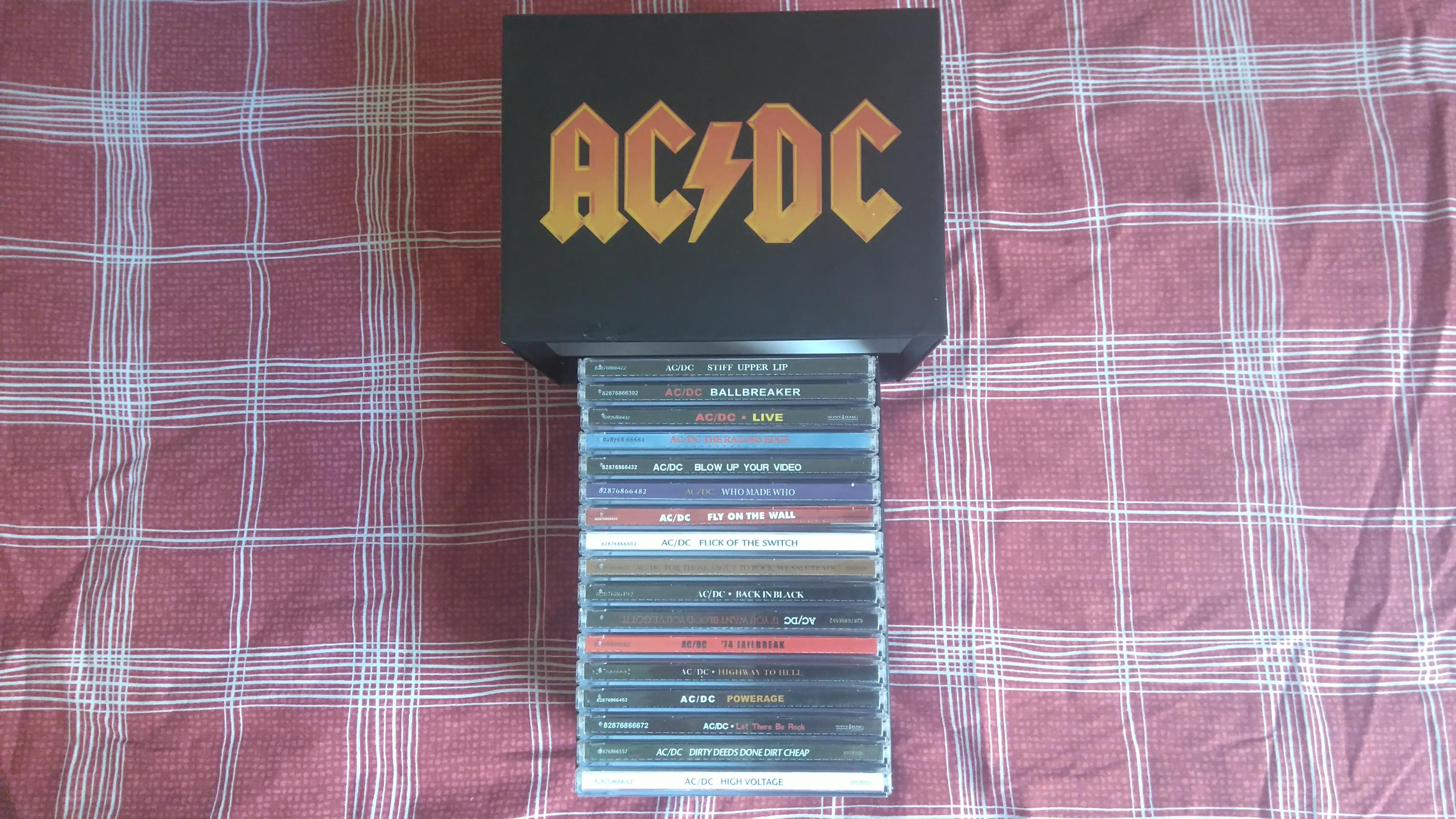 acdc box.JPG
