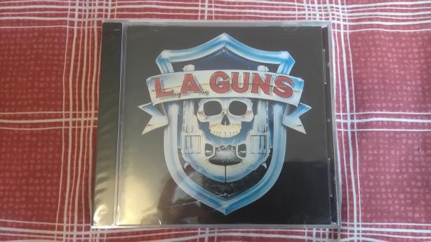 LA Guns.JPG